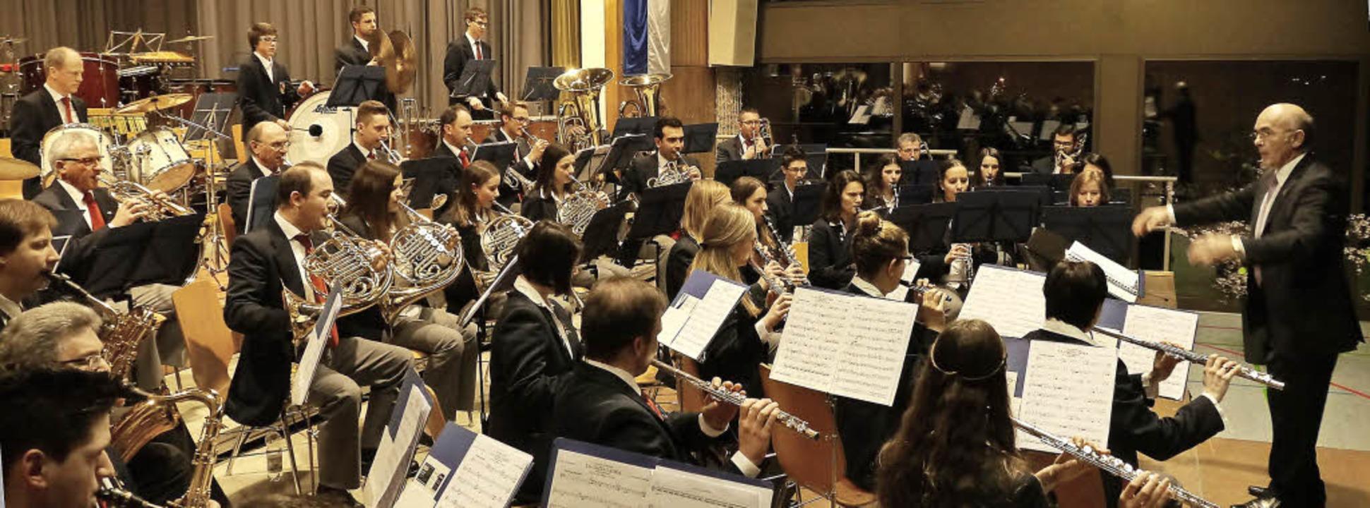 Mit einem begeisternden Doppelkonzert ...on Arcadie Romaniuc auf ganzer Linie.     Foto: Christel Hülter-Hassler