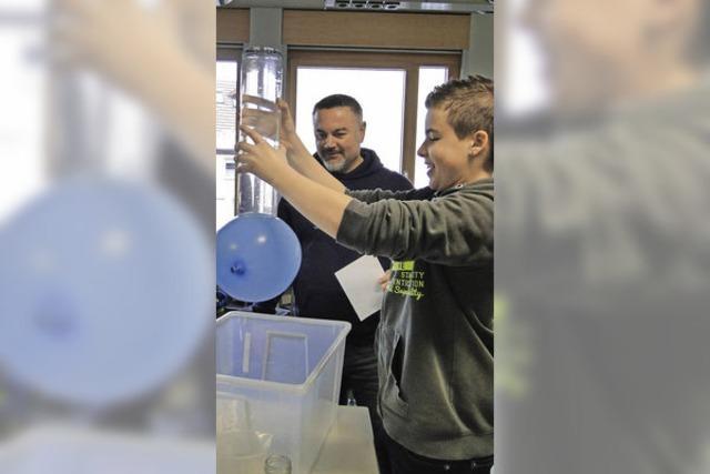 Gläserner Unterricht, spannende Experimente