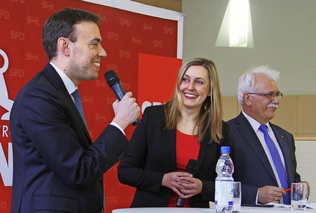 Bei Nils Schmid, Vanessa Edmeier und H...r (v.l.) kam der Humor nicht zu kurz.   | Foto:  Boris Burkhardt