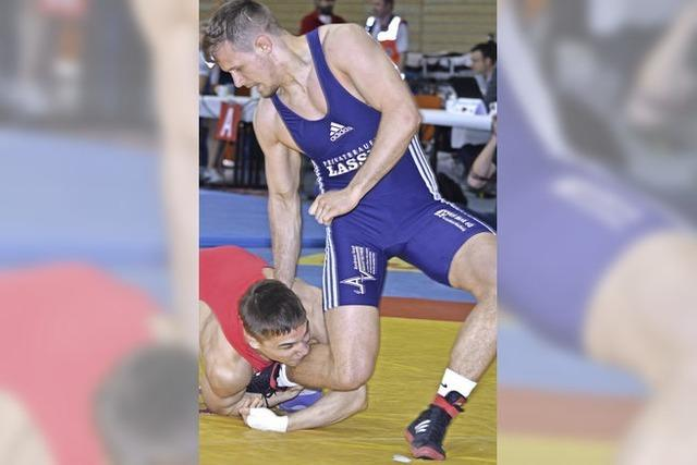 Alexander Semisorow feiert Doppelerfolg