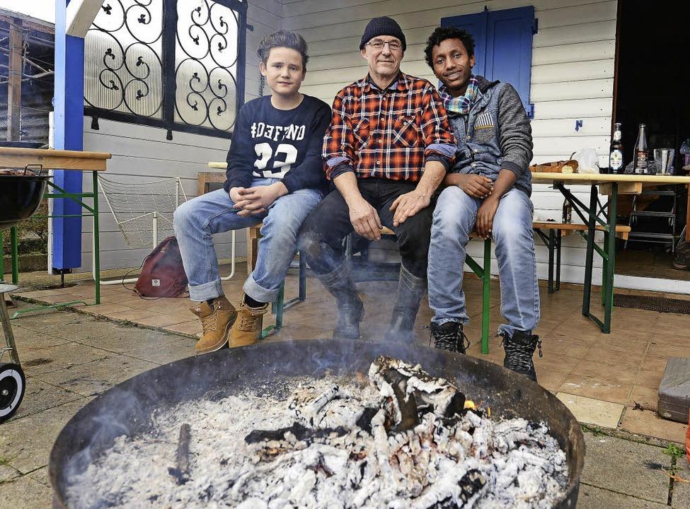 Enzo,  Martin Destruelle und Birak Kassahun (von links)   | Foto: rita eggstein