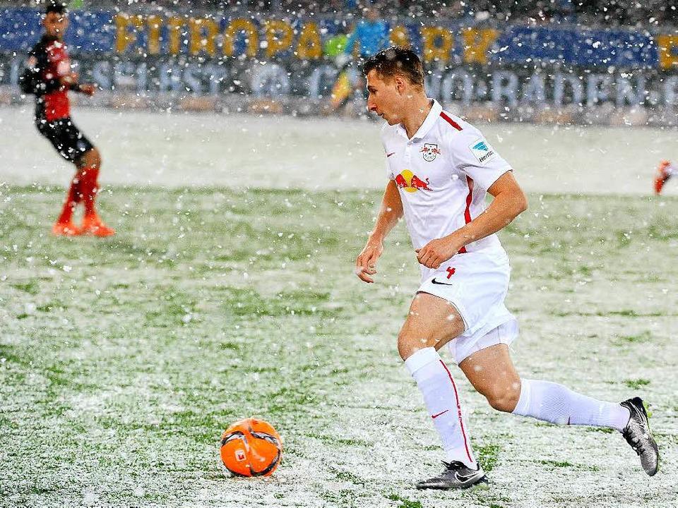 SC Freiburg spielt gegen RB Leipzig im Freiburger Schwarzwald Stadion  | Foto: Michael Heuberger
