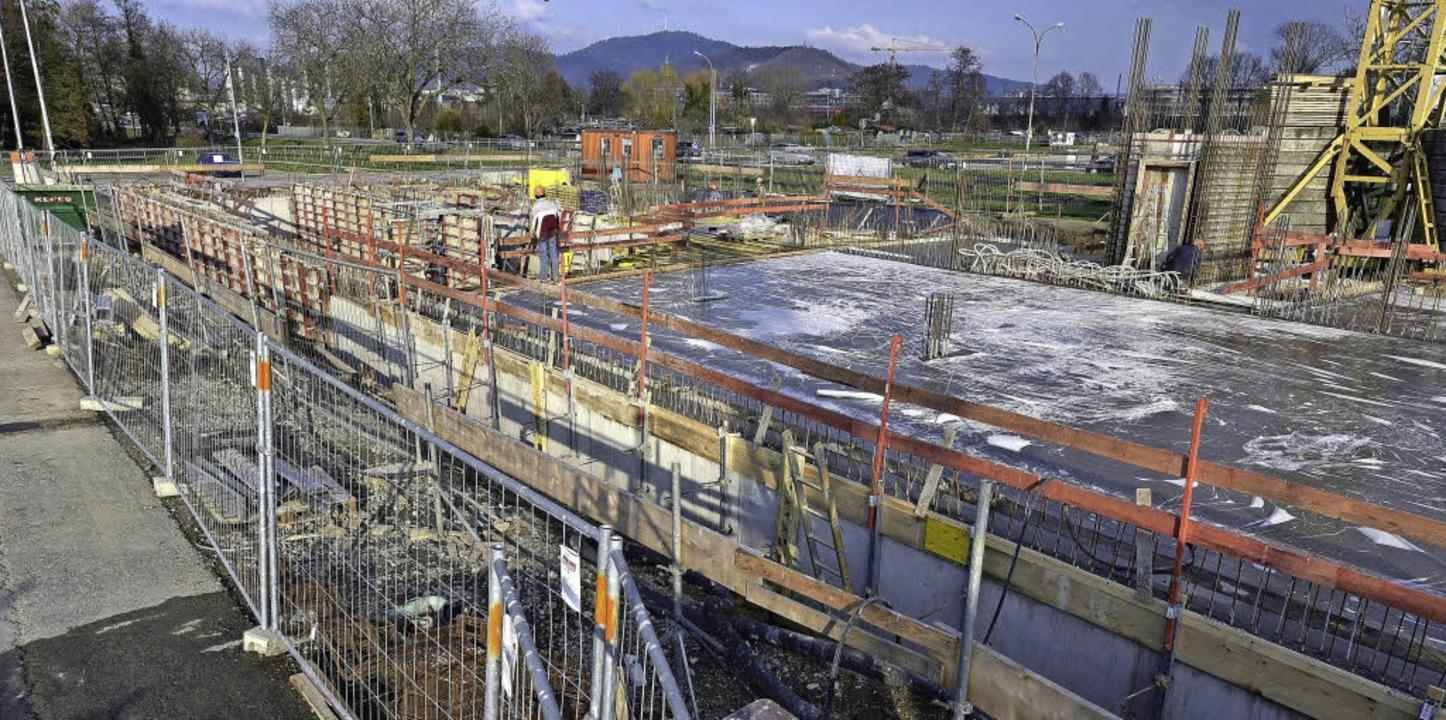 Wenigstens hier geht's voran: Bauarbeiten in Gutleutmatten-West  | Foto: Thomas Kunz