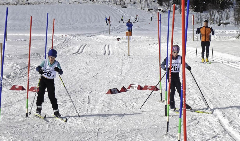 Auch beim Riesentorlauf bergwärts war Feingefühl auf den Brettern gefragt.  | Foto: Annemarie Zwick