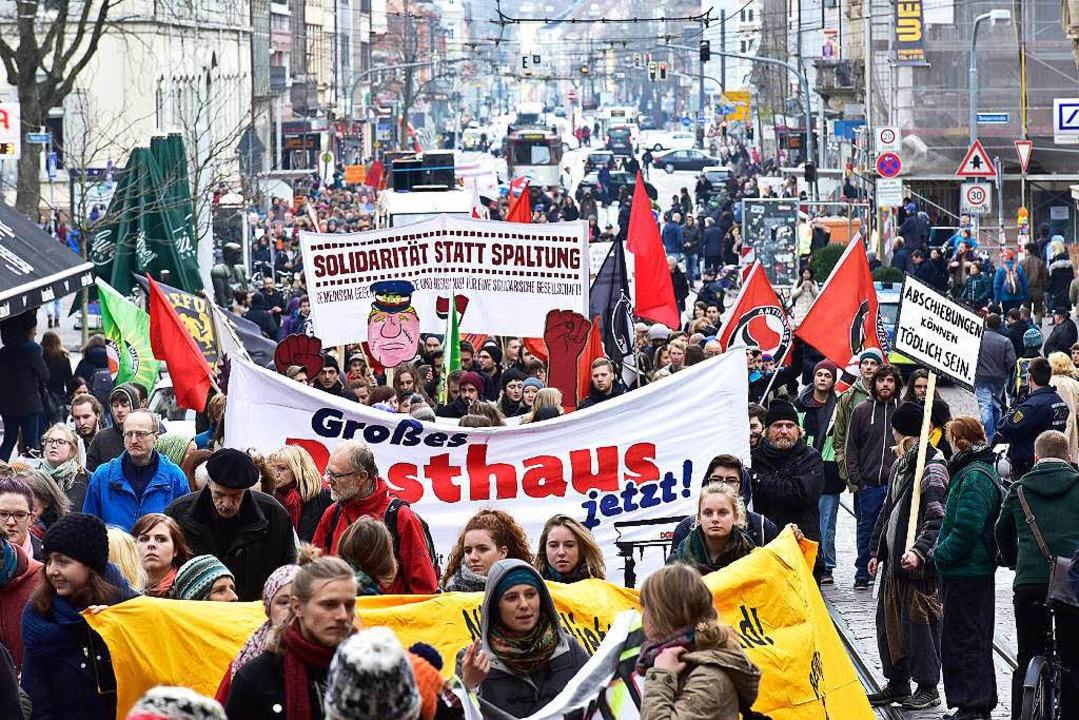 Der Demonstrationszug in der Freiburger Innenstadt    Foto: Thomas Kunz