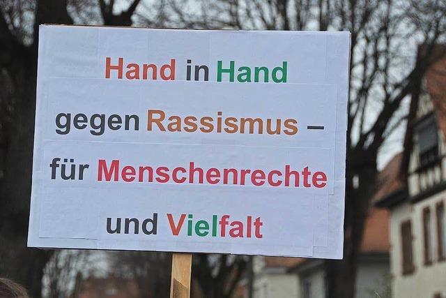 Breisach: 800 Demonstranten gegen AfD-Chefin Petry