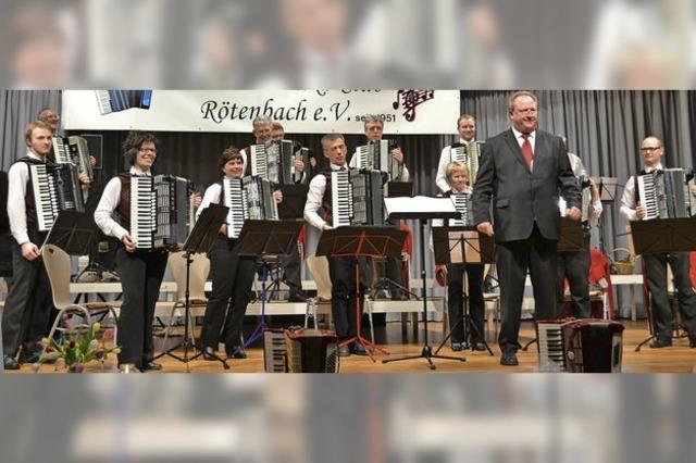 Mit dem Harmonikaclub Rötenbach in Friedenweiler