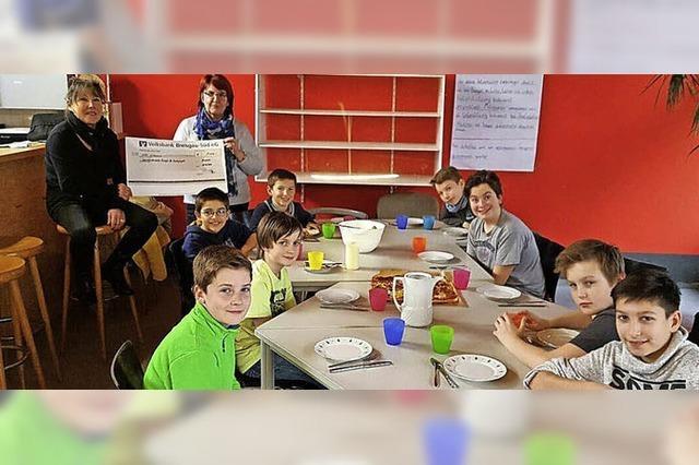 Runder Tisch spendet für den Jugendförderverein