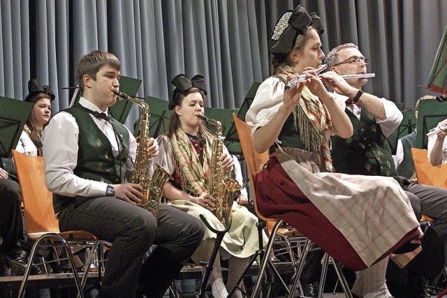 Musiker begeistern mit Musicals und Märschen