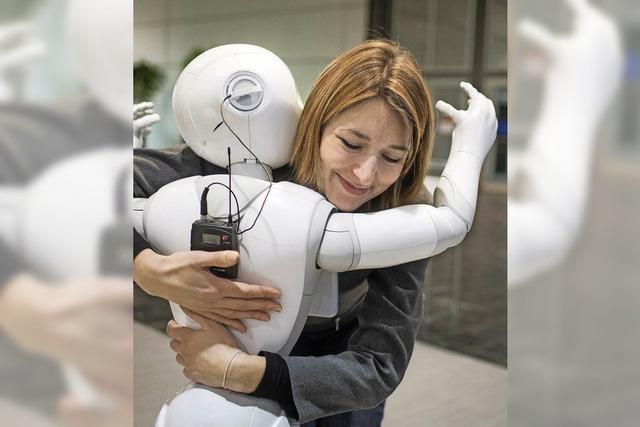 Der Roboter schenkt auch dem hundertsten Touristen ein Lächeln