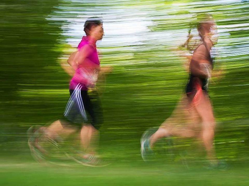 In kleinen Schritten geht es am besten...ch beim Training nicht überfordern.     | Foto: dpa