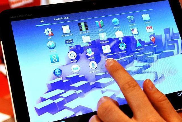 Polizei stellt 1100 Tablet-Rechner sicher