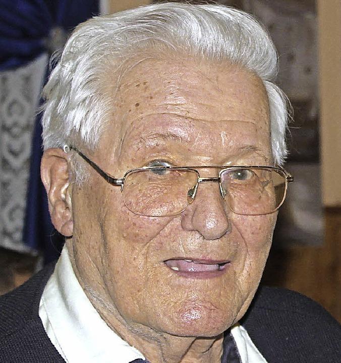Gerhard Peghini ist seit 70 Jahren SVE-Mitglied.  | Foto: Gert Brichta