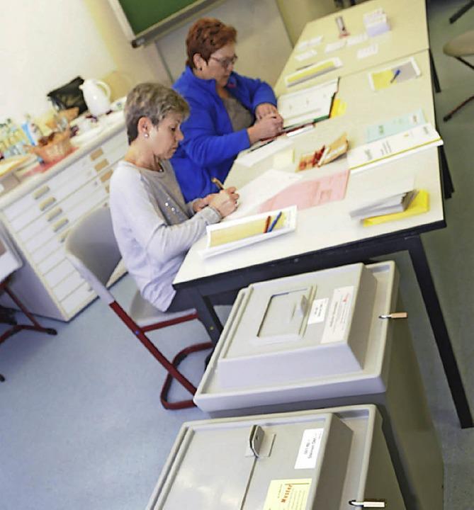 Sauber  gearbeitet haben die Wahlhelfer am Sonntag.     Foto: Bergmann
