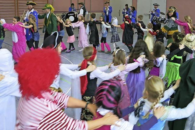 Kleine Schule, große Party