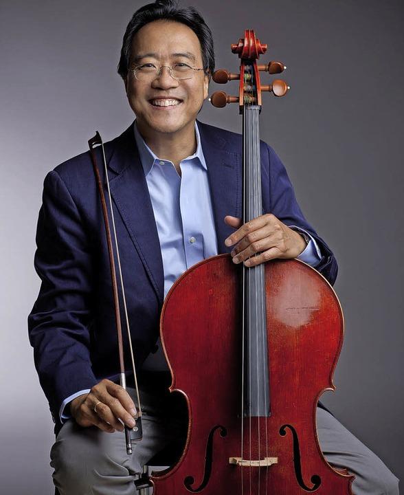 Lächeln am Cello: Yo-Yo Ma     Foto: Todd Rosenberg