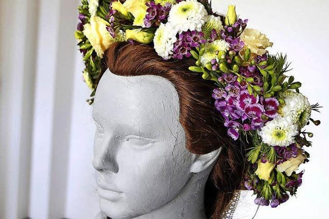 Wenn Blumen Köpfe schmücken