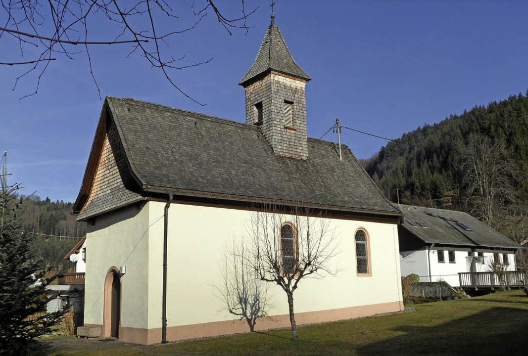 Heiß geliebt von den Menschen im Ort: die Nikolauskapelle in Wagensteig.  | Foto: Josef Faller