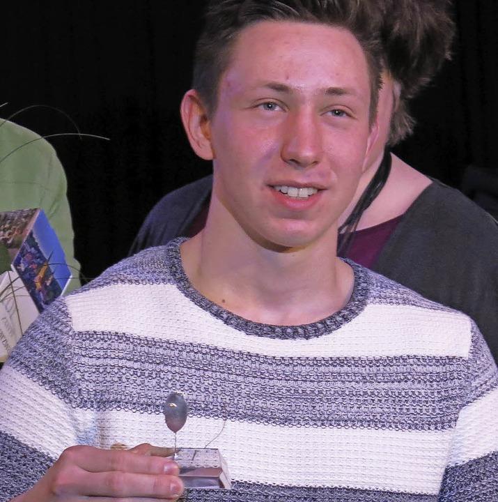 Diabolo-Spieler Max Fröhlich ist der Gewinner der Emmendinger Nadel    Foto: Georg Voß