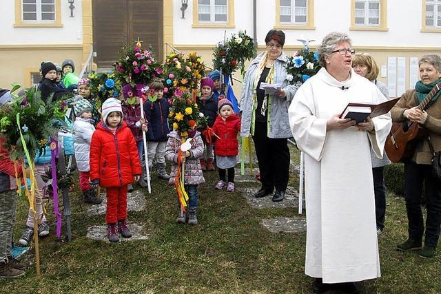 Kinder gestalten Gottesdienst mit