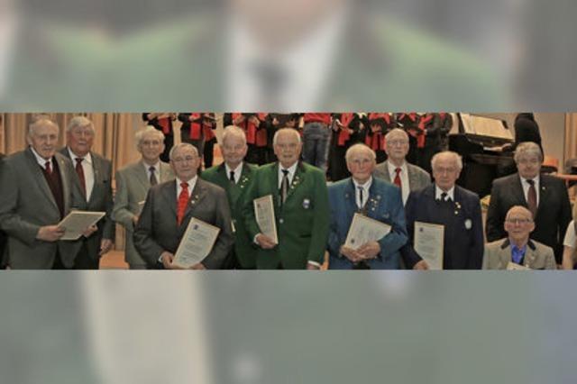 Augustin Siefer singt seit 70 Jahren