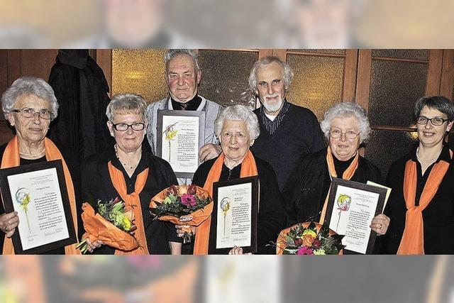 Kirchenchor St. Wendelin dankt seinen Urgesteinen