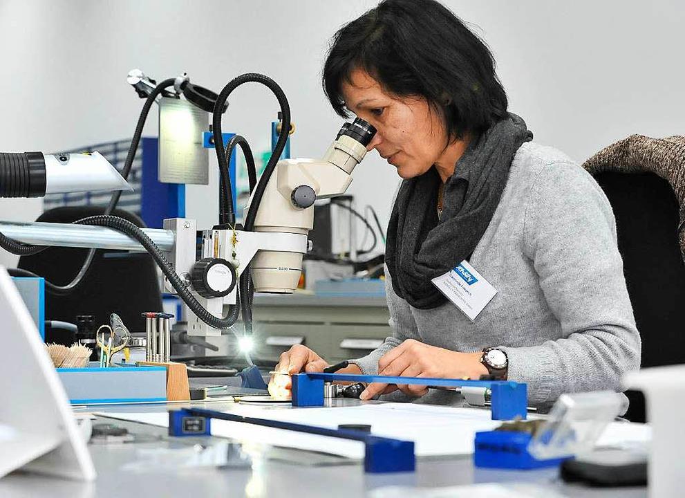High-Tech aus Denzlingen: Schölly-Produktion   | Foto: Bamberger
