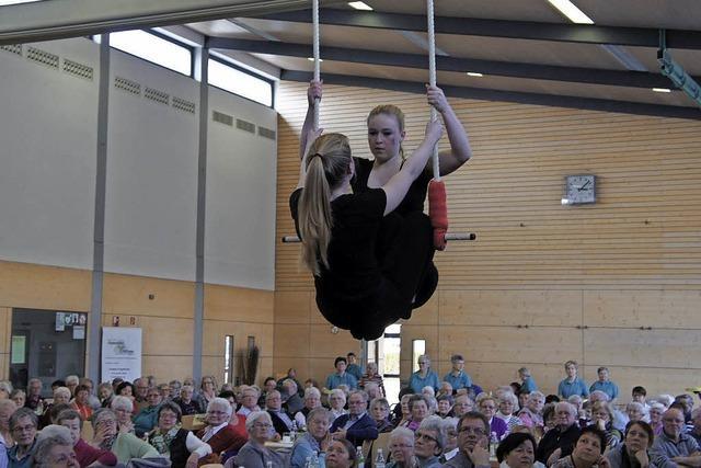 Turnerinnen sorgen für Zirkusflair
