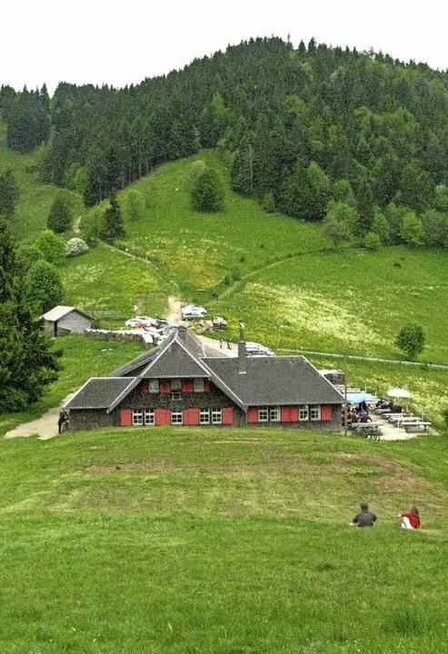 Auf Sirnitz und Weiherkopf könnten sic...ier die Kälbelescheuer im Vordergrund.  | Foto: M. Lange
