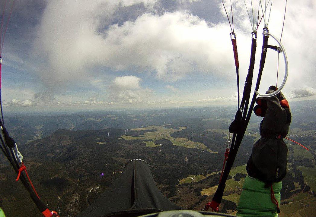 Die Welt von oben: diesen Blick hat Ma...reckenrekord-Flug selbst aufgenommen.   | Foto: privat