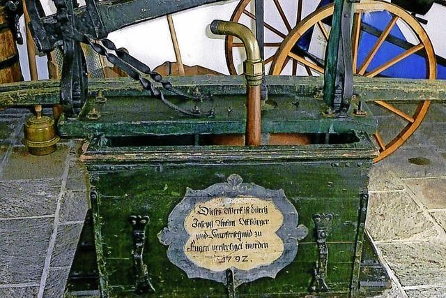 Heimatmuseum zeigt alte Feuerspritze