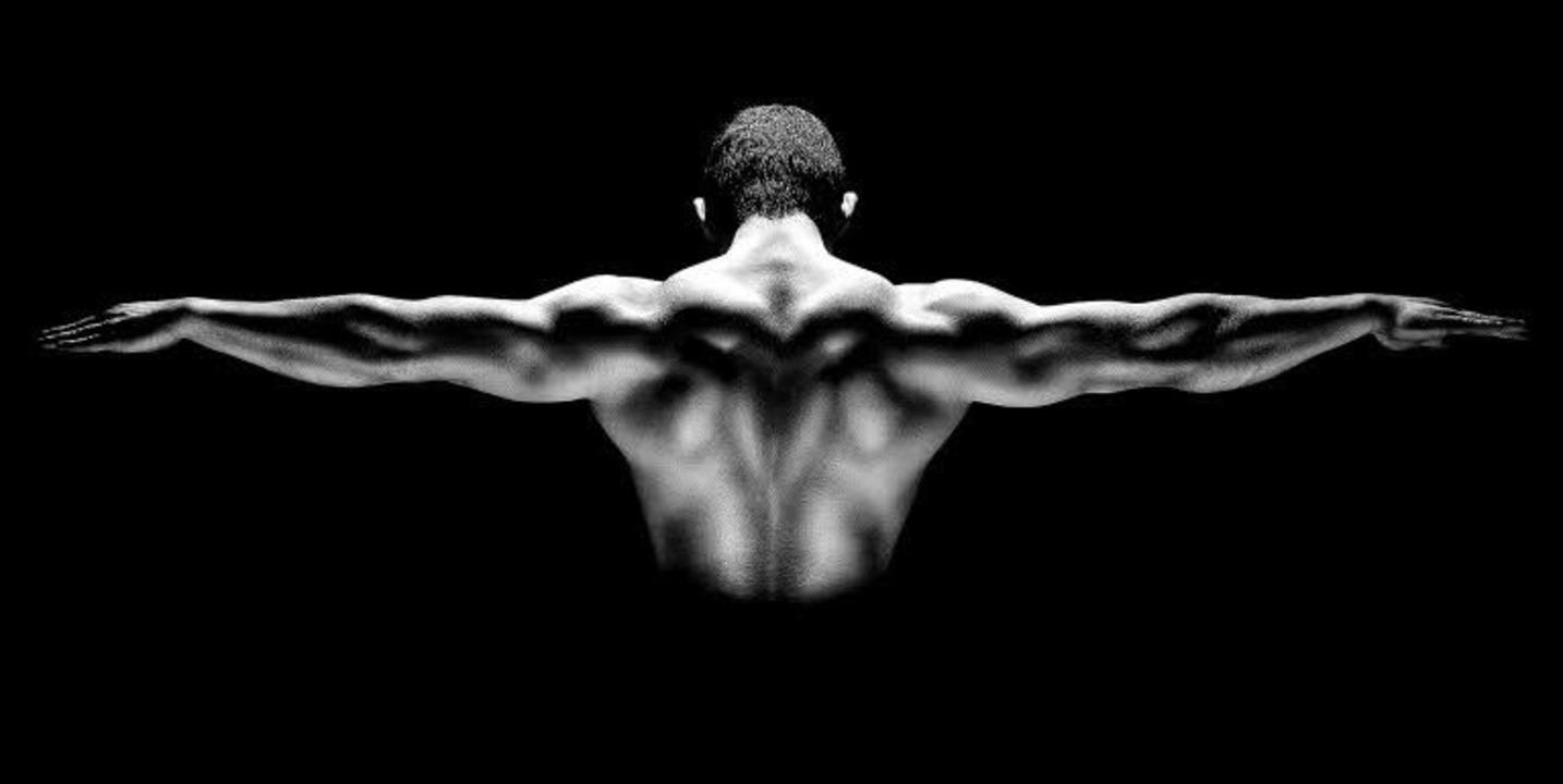Solch ein wohlgeformter Körper bedeutet hartes Krafttraining.      Foto: nikolas_jkd (Fotolia)/ DPA