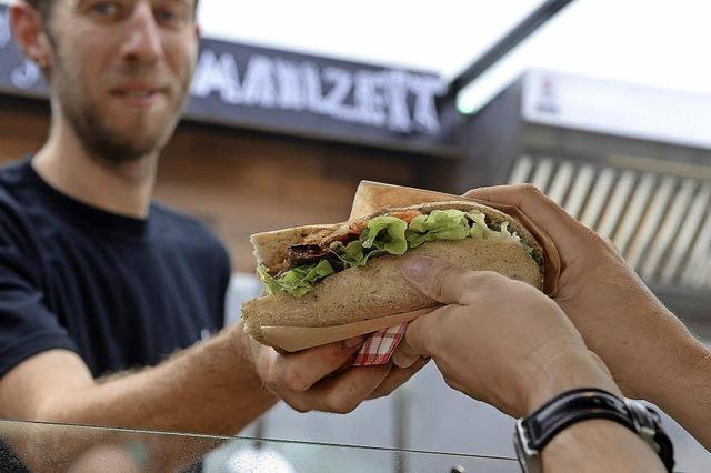 Feier mit BZ-Food-Truck