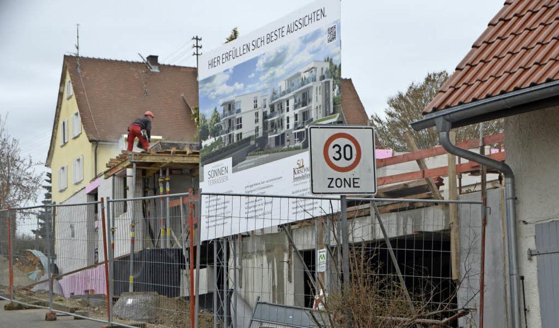 Für überdimensioniert halten Kritiker die Bebauung an der Bergstraße.  | Foto: Gerhard Walser