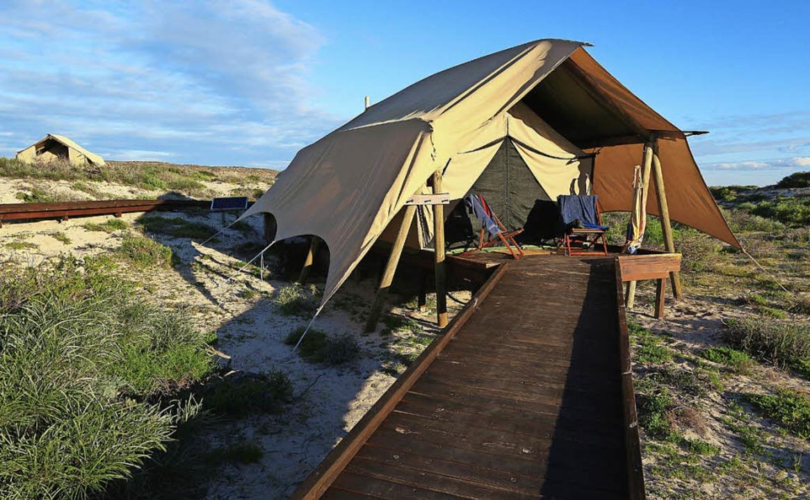 Touristisches Brachland :  das Zeltcamp Sal Salis   | Foto: Stephan Brünjes (2)