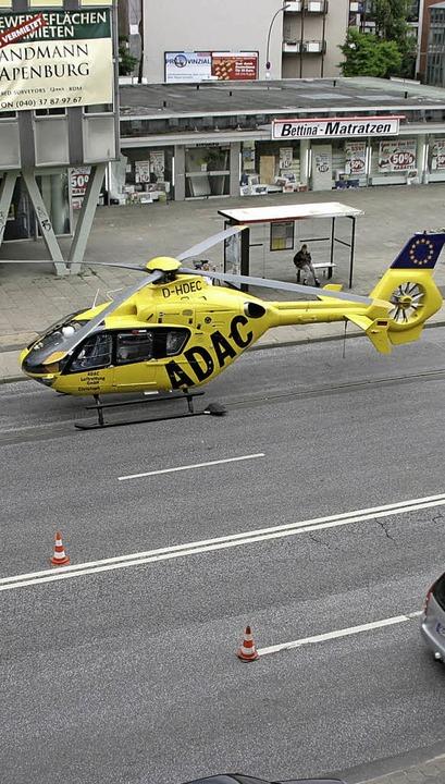 """Rettungshubschrauber haben Sonderrechte beim """"Parken"""".     Foto: h.  rieger/adac"""
