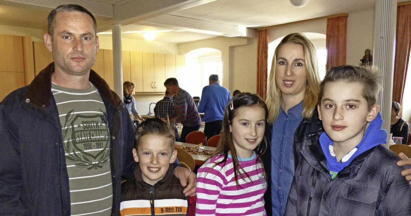 Familie Beqiri aus dem Kosovo fühlt si...bana (11), Valmir (13) und Erijon (8)     Foto: Sarah Beha