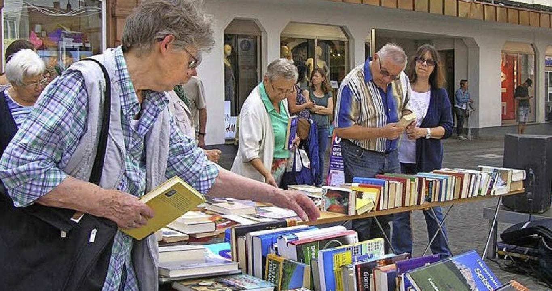 Um mit dem Erlös die Aktivitäten der M...n diesem Jahr  einen Bücherflohmarkt.   | Foto: Förderkreis