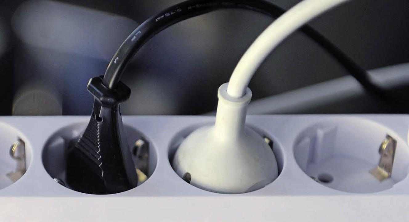 Guter Strom, böser Strom? So einfach i...icht, denn es gibt einen Graubereich.   | Foto: dpa