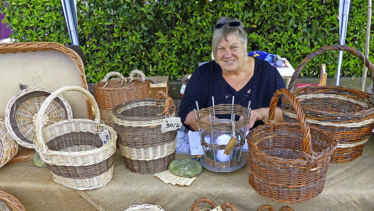Die Angebote eines Naturparkmarktes &#...im Rahmen des Willaringer Dorffestes.   | Foto: Archivfoto: Marion Rank