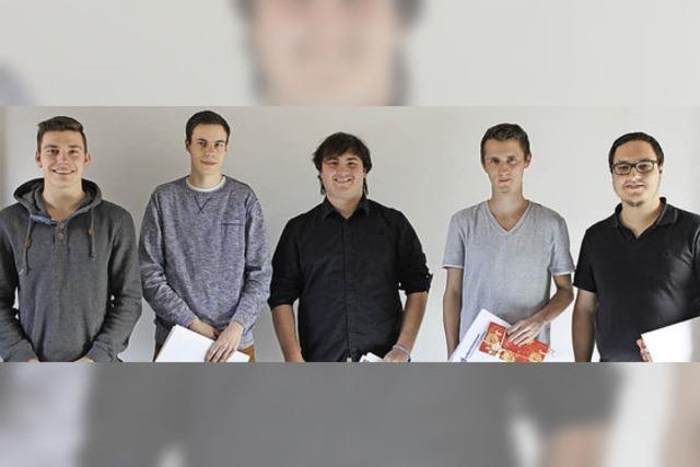 Gute Zeugnisse für junge Fachkräfte bei Dunker