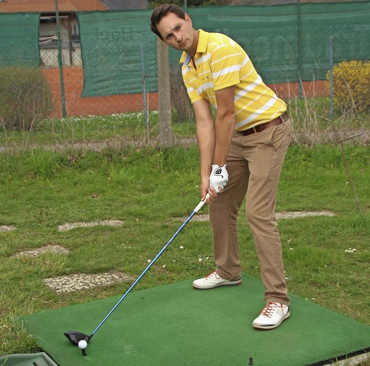 Sebastian Heijdenberg arbeitet seit el...s Golflehrer für alle Leistungsklassen  | Foto: Rolf Reißmann