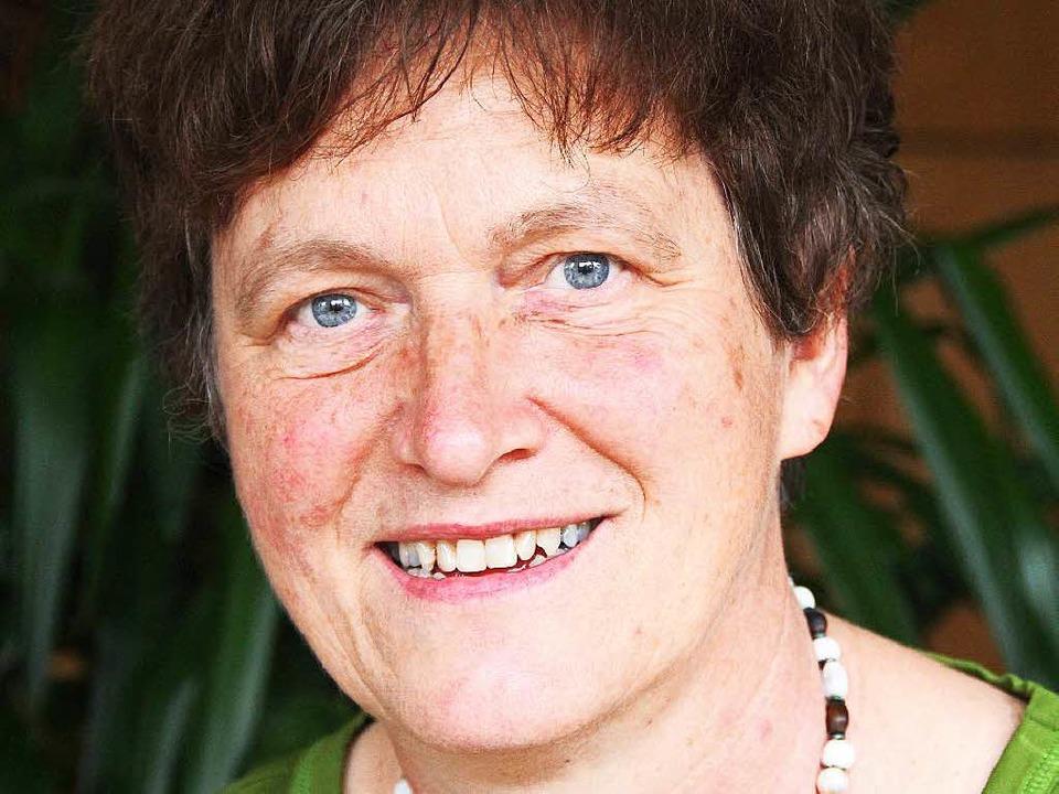 Gertrud Schweizer-Ehrler aus Heitershe...s Bundesverdienstkreuz entgegennehmen.  | Foto: Sabine Model