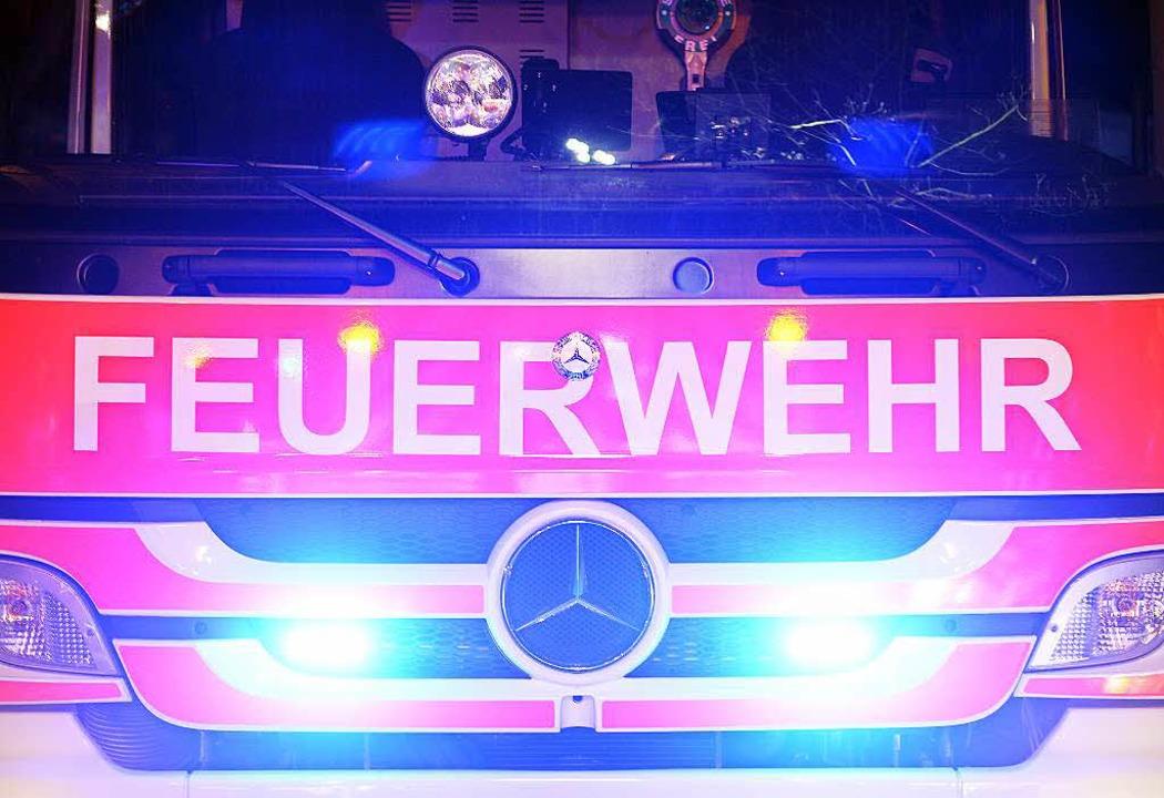 An der Absturzstelle halfen 30 Feuerwehrleute den Mann zu bergen.    Foto: Patrick Seeger