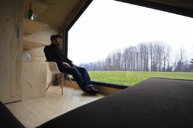 Schweizer Architekt entwirft ungewöhnliches Holzzelt