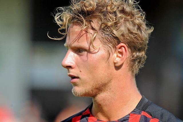 Abwehrspieler Hedenstad wechselt zum FC St. Pauli