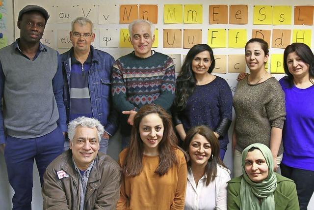 Ehrenamtliche bauen Brücke aus der Sprachlosigkeit
