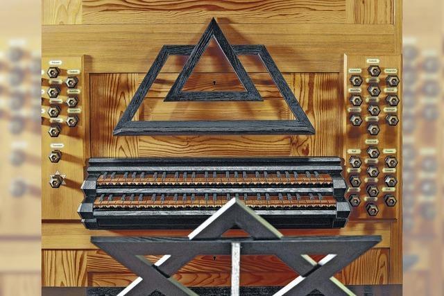Zum Stummfilm erklingt die Orgel
