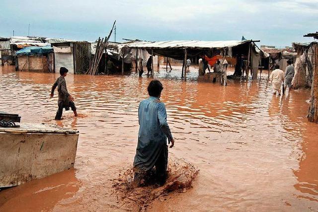 Dutzende Tote durch Regenfälle in Pakistan