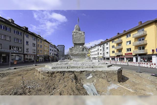 Reichlich abgerissenes Denkmal